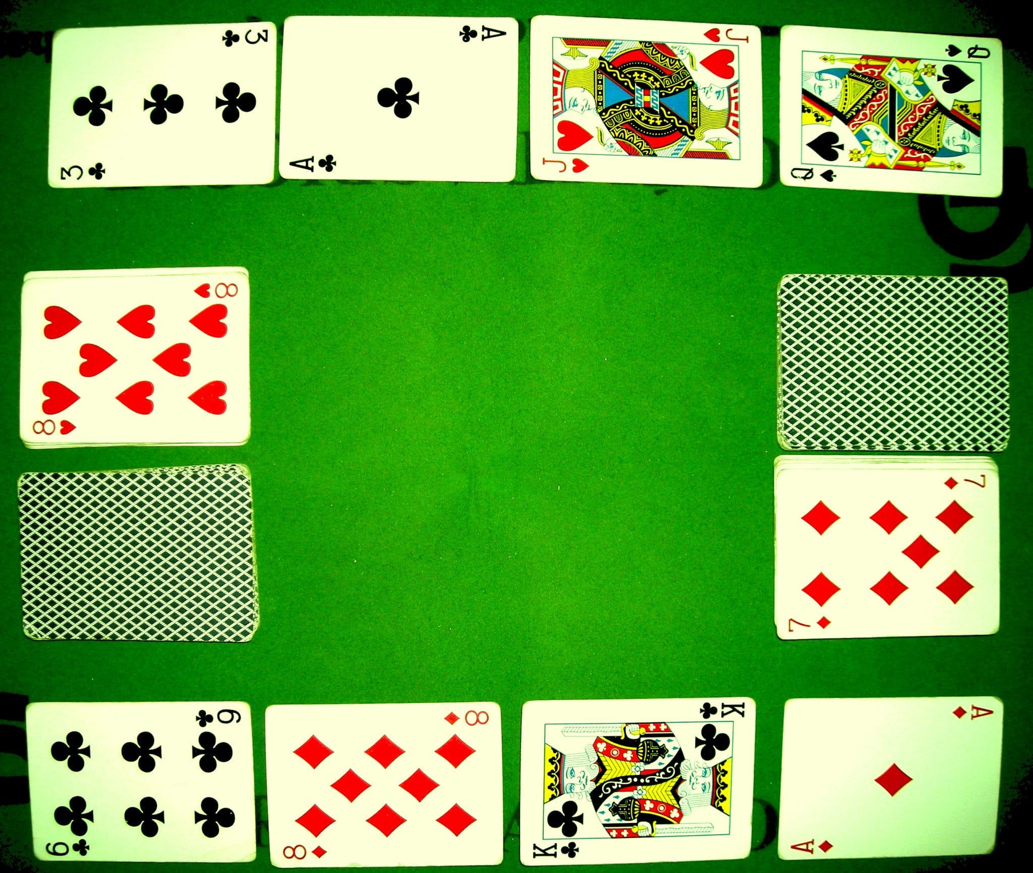jeu de carte crapette Règle crapette   Règles du jeu de la crapette   Jeux de cartes